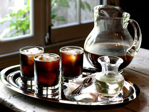 cold-brew-pitcher-tray